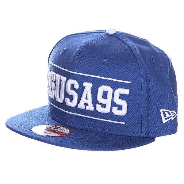 Бейсболка DC Champion Hats Nautical BlueБейсболки<br><br><br>Размер EU: One Size<br>Цвет: синий<br>Тип: Бейсболка с прямым козырьком<br>Возраст: Взрослый<br>Пол: Мужской