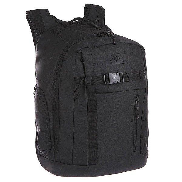 Рюкзак спортивный Quiksilver Backwash BlackРюкзаки и Сумки<br>Отличный рюкзак для любителей экстрима.  Характеристики:  Просторное основное отделение на молнии. Съемная герметичная сумка для гидрокостюма. Лицевой карман на молнии.  Внутренний органайзер.  Карман для ценностей на флисовой подкладке.  Крепления для снаряжения на лицевой стороне.  Два боковых кармана на молнии. Мягкие набивные регулируемые лямки.  Защитная уплотненная задняя панель.<br><br>Размер EU: 30 л.<br>Цвет: черный<br>Тип: Рюкзак спортивный<br>Возраст: Взрослый<br>Пол: Мужской