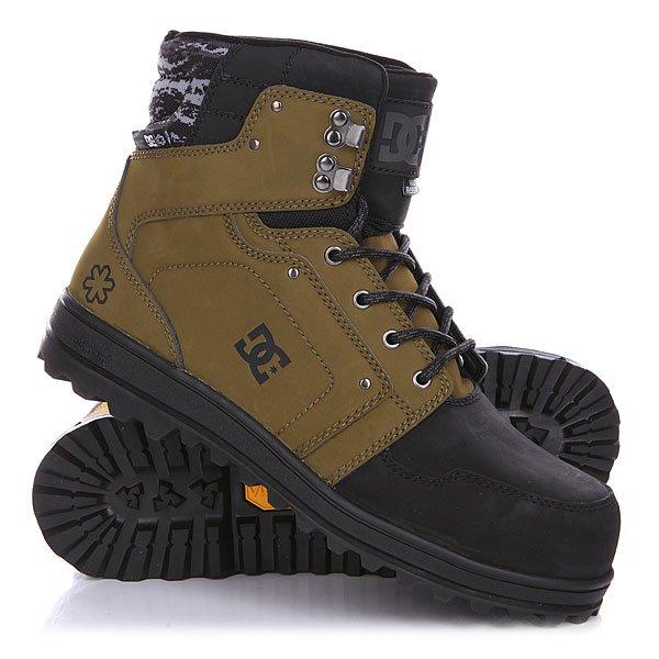 Ботинки зимние DC Spt Boot Military/BlackБотинки<br>Ботинки DC Spt обладают исключительной водостойкостью и отличной теплоизоляцией благодаря утеплителю Thinsulate.Технические характеристики: Исключительно водостойкие.Безопасный стальной стакан.Фактурный кожаный верх.Технологичная подошва Vibram Icetrek.Эргономичный язык со вставками.Утеплитель Thinsulate.Водостойкие материалы.<br><br>Размер EU: 43<br>Размер US: 10<br>Размер CM: 28<br>Цвет: черный,зеленый<br>Тип: Ботинки зимние<br>Возраст: Взрослый<br>Пол: Мужской