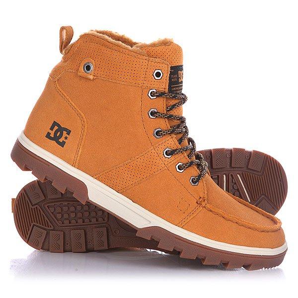 Ботинки высокие DC Woodland Wheat/WhiteБотинки<br>Мужские ботинки Woodland от DC Shoes.Технические характеристики: Обеспечивают полноценное тепло и комфорт.Замшевый верх.Подкладка из шерпы.Круглая шнуровка.Шестигранные металлические люверсы.Удобные язык и лодыжка с пенным наполнителем.Грубая подошва.<br><br>Размер EU: DC man B: 8.5us 41eur 26.75cm<br>Размер EU: 43<br>Размер US: 10<br>Размер CM: 28<br>Цвет: коричневый<br>Тип: Ботинки высокие<br>Возраст: Взрослый<br>Пол: Мужской