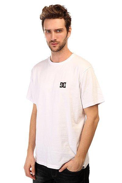Футболка DC Solo Star Tees WhiteФутболки и Майки<br>Просторная футболка с короткими рукавами для активного отдыха или занятий спортом декорирована ярким логотипом от DC Shoes.Технические характеристики: Короткие рукава.Свободный крой.Классический круглый вырез на воротнике.Логотип на груди.<br><br>Размер EU: S<br>Размер EU: XS<br>Размер EU: M<br>Размер EU: L<br>Цвет: белый<br>Тип: Футболка<br>Возраст: Взрослый<br>Пол: Мужской