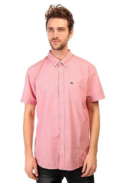 Рубашка Quiksilver Wilsdenss Wvtp American BeautyРубашки<br>Классическая мужская рубашка с короткими рукавами от Quiksilver.Технические характеристики: Классический отложной воротник на пуговицах.Свободный крой.Короткие рукава.Нагрудный карман с логотипом.Застежка - пуговицы.<br><br>Размер EU: S<br>Размер EU: M<br>Размер EU: L<br>Размер EU: XL<br>Цвет: розовый<br>Тип: Рубашка<br>Возраст: Взрослый<br>Пол: Мужской