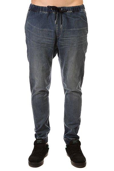 Джинсы прямые Quiksilver Fonic Denim Fleec Pant Worn WashДжинсы<br>Прямые джинсы – отличное решение для самых стильных!Характеристики:5 карманов. Пояс на шнурке и резинке.Эластичный хлопок. Базовая смягчающая обработка и 3D-имитация складок.<br><br>Размер EU: S<br>Размер EU: XS<br>Размер EU: M<br>Размер EU: L<br>Размер EU: XL<br>Цвет: синий<br>Тип: Джинсы прямые<br>Возраст: Взрослый<br>Пол: Мужской