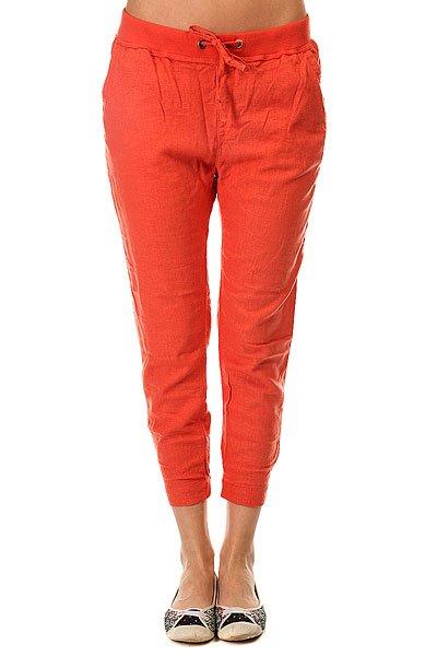 Штаны спортивные женские Roxy Silver ChiliБрюки<br>Женские штаны для бега Silver Linings от ROXY.Технические характеристики: Штаны для бега.Тканое полотно.Эластичный пояс и манжеты.Боковые карманы.Пояс на утяжке.Металлический логотип Roxy.<br><br>Размер EU: M<br>Цвет: оранжевый<br>Тип: Штаны спортивные<br>Возраст: Взрослый<br>Пол: Женский