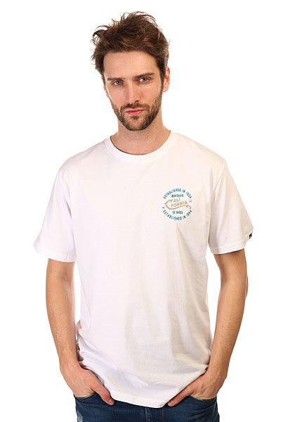 Футболка DC Califorya WhiteФутболки и Майки<br>Модные футболки с декоративным принтом и коротким рукавом на любой вкус никогда не выйдут из моды.Характеристики:Декоративный принт сбоку груди и на спине.Короткий рукав.Эластичная отделка горловины.<br><br>Размер EU: S<br>Размер EU: XS<br>Размер EU: M<br>Размер EU: L<br>Размер EU: XL<br>Размер EU: XXL<br>Цвет: белый<br>Тип: Футболка<br>Возраст: Взрослый<br>Пол: Мужской