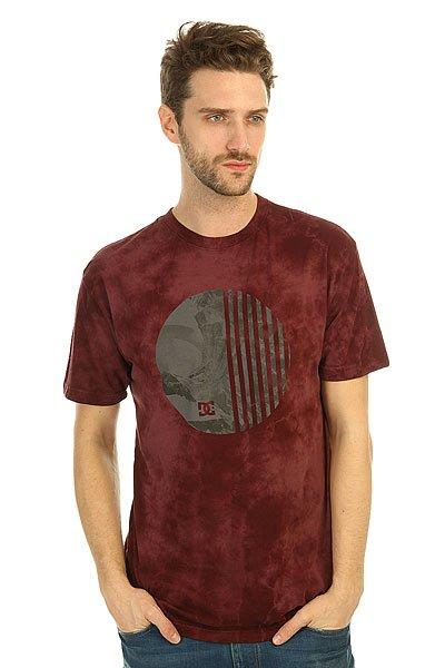 Футболка DC Spiral Symbl SyrahФутболки и Майки<br>Модные футболки с декоративным принтом и коротким рукавом на любой вкус никогда не выйдут из моды.Характеристики:Декоративный принт на груди.Короткий рукав.Эластичная отделка горловины.<br><br>Размер EU: S<br>Размер EU: XS<br>Размер EU: M<br>Размер EU: L<br>Размер EU: XL<br>Цвет: бордовый<br>Тип: Футболка<br>Возраст: Взрослый<br>Пол: Мужской